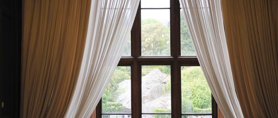 Whitehall, PA drape blinds cleaning